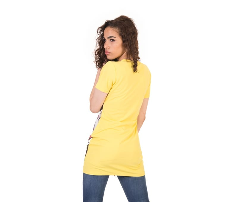 Avery Yellow Face Print Short Sleeve Round Neck T-Shirt