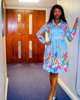 Vera Blue Multicolour Floral Print Pleated Dress